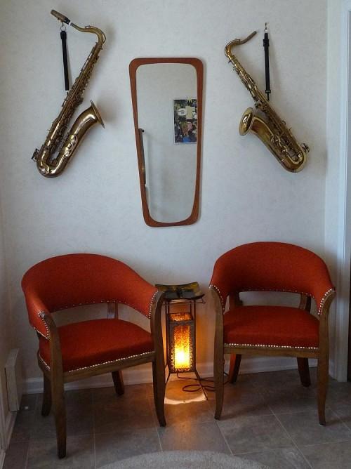 tenor saxes on wall