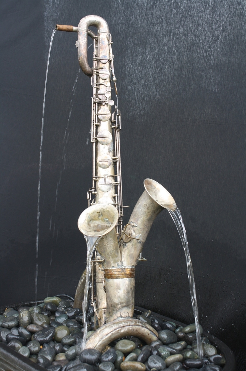 Looking For A Custom Saxophone Fountain The Bassic Sax Blog