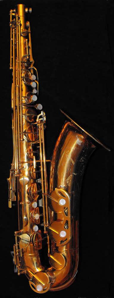 De Villiers Tenor Saxophone, gold lacquer, black background