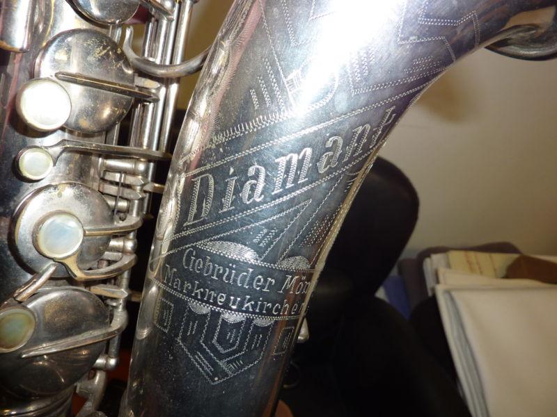 alto sax, bell engraving, Gebrüder Mönnig saxophone, vintage, German