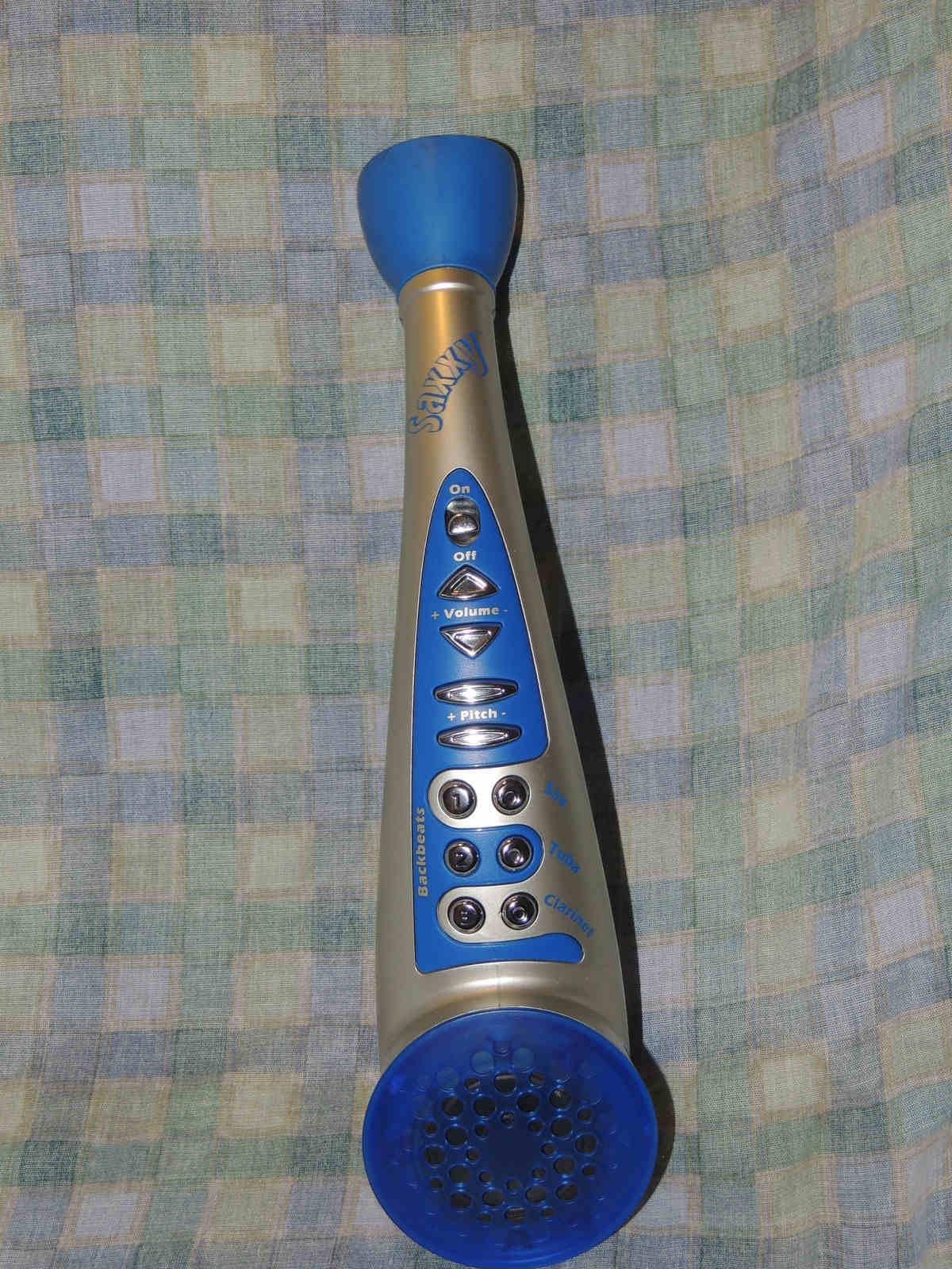 Saxxy Kazoo, Sharper Image, sythesizer kazoo,