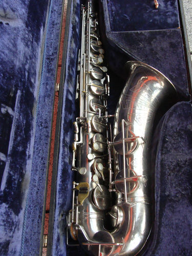 tenor saxophone, Akustik, East German saxophone, vintage, silver plated, sax case