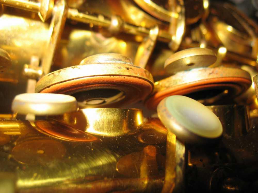 Hohner President, alto sax, vintage sax, German sax, Max Keilwerth, saxophone tone holes, sax pads, saxophone resonators